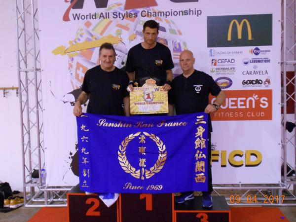 Francis champion du monde k1 wac
