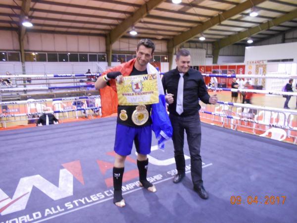 Francis sur le ring